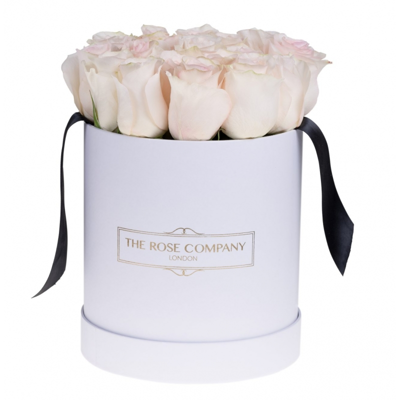 WHITE ROUND BOX - LIGHT PINK ROSES