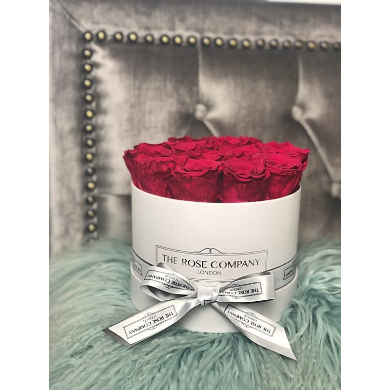 CHERRY INFINITY ROSES -white box